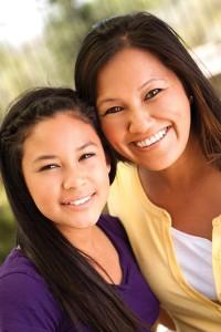 teen-girl-with-mom