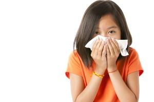 girl-sneezing