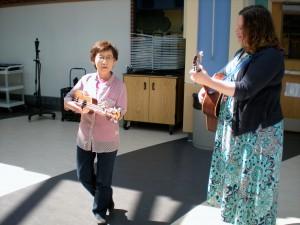 Ae Ran with music therapist Sarah Tobias