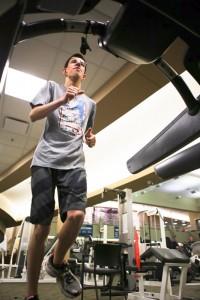 Andrew Testa running on treadmill