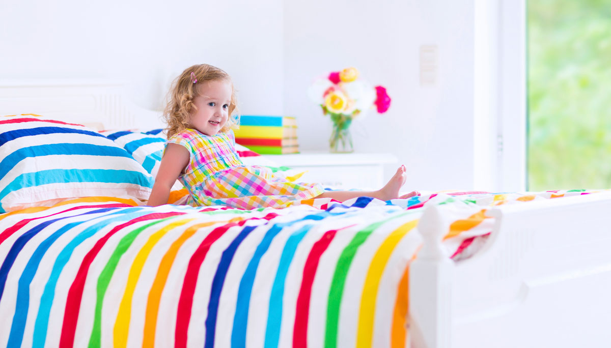 From Crib to Toddler Bed: 7 Tips For a Smooth Transition ...
