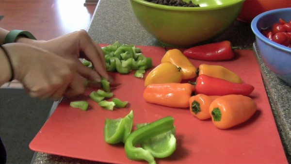 Spice Up Your Summer With This Quick, Easy Salsa (VIDEO)