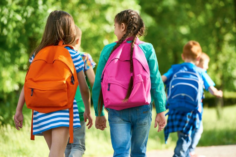 8 tips for safe backpack use