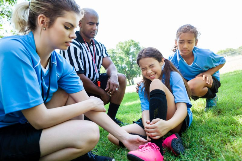 5 ways to avoid sports injuries and stay in the game