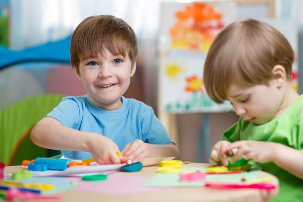 Helping your child navigate her first friendships