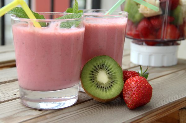 Smoothie recipes sure to please even the choosiest eaters