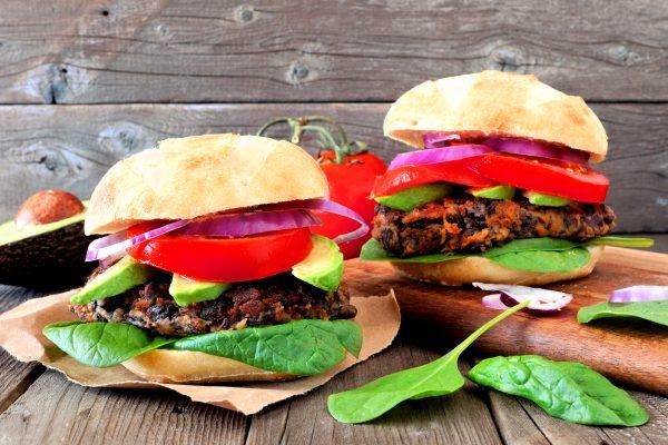 Healthy recipe: homemade veggie burgers