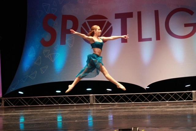 Juliana Glass_grand jete leap