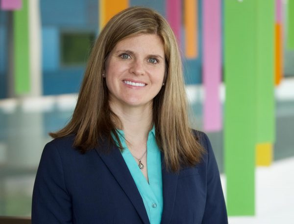 Dr. Lorena Floccari
